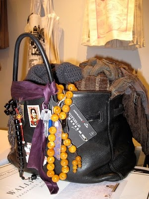 http://beautycheckblog.files.wordpress.com/2013/03/janebirkin27sbag.jpg?w=367&h=491